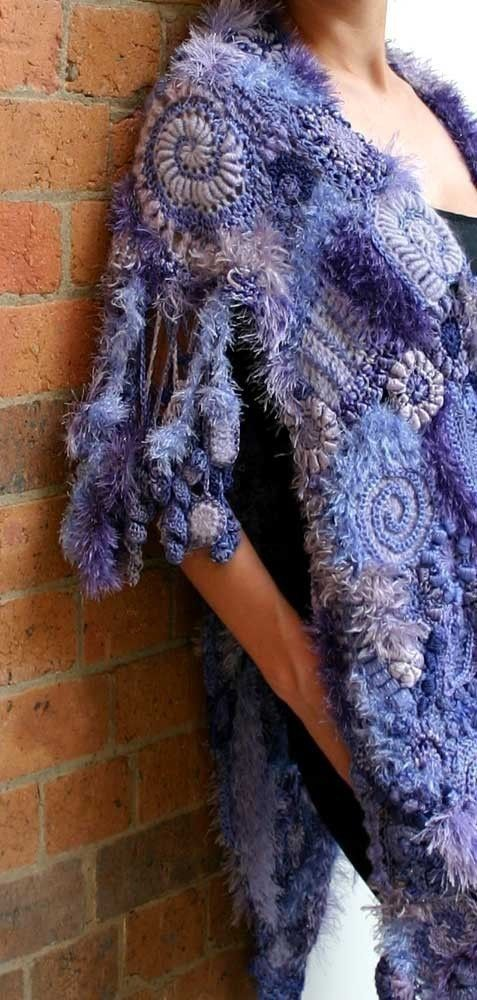 Flamboyant Fringes - freeform crochet PDF tutorial. $6.00, via Etsy.