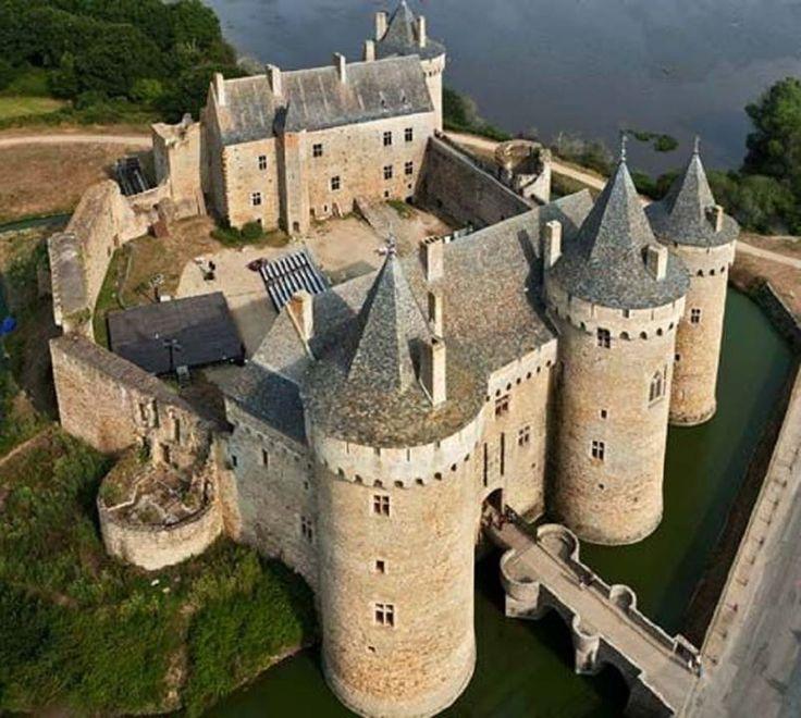 Suscinio Castle, Sarzeau, Morbihan, Brittany Francia.