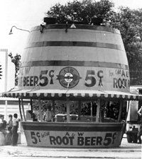 A & W Root Beer stand, year of photo unspecified, but looks to be 30s. Photo was most likely taken in either Lodi or Sacramento. Roy Allen began the business in 1919 and took on a partner by the name of Frank Wright in 1922. (Hence A and W)