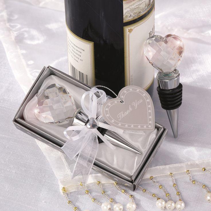 Crystal Heart Bottle Stopper Wedding Favor | #exclusivelyweddings