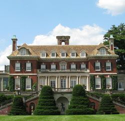 I love this home!!! It is now owned by the State of New York. It is a mansion from the Gilded Age built in a love story. The gardens are amazing. I grew up taking field trips to it several times a year because I lived about 5 miles away :)