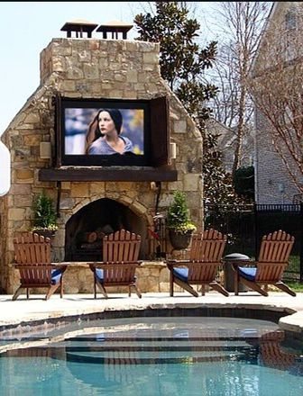 Awesome home theater setup poolside on the patio! #outdoorliving #outdoorspaces www.HomeChannelTV.com