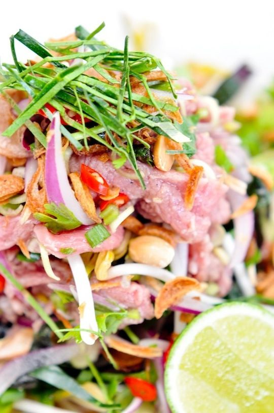 Goi Bo Tai Chanh - spicy vietnamese salad with cured beef and kaffir lime leaves