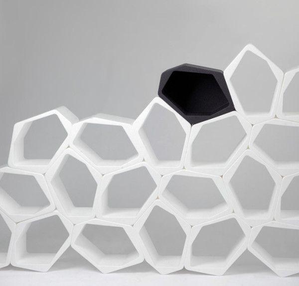 prateleiras-modulares-organicas-como-favos-de-mel-03