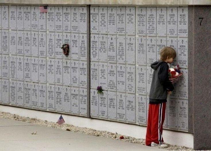 """""""Я люблю тебя, отец! Прости за то, что я тебя не слушался..."""" http://uduba.com/612360/Foto-kotoryie-tronut-do-slez"""