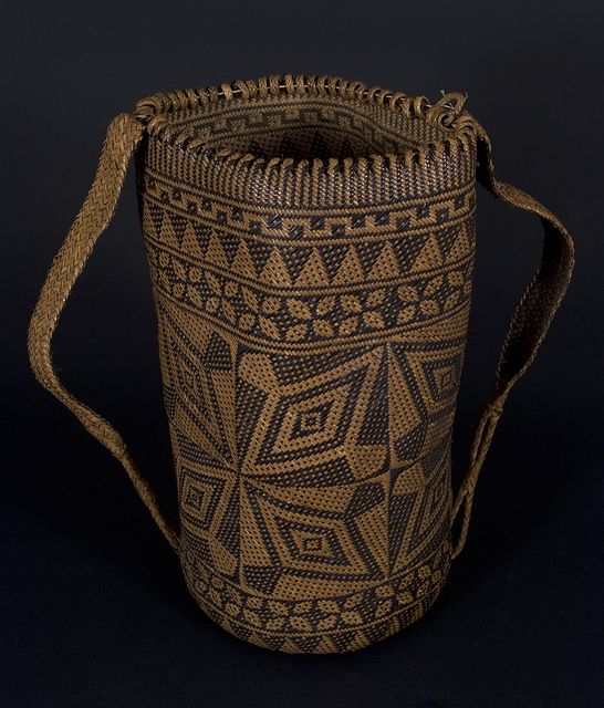 Ajat basket, Penan people. Borneo 20th century, 20 (cm) diameter by 40 (cm) height. Hornbill motif.