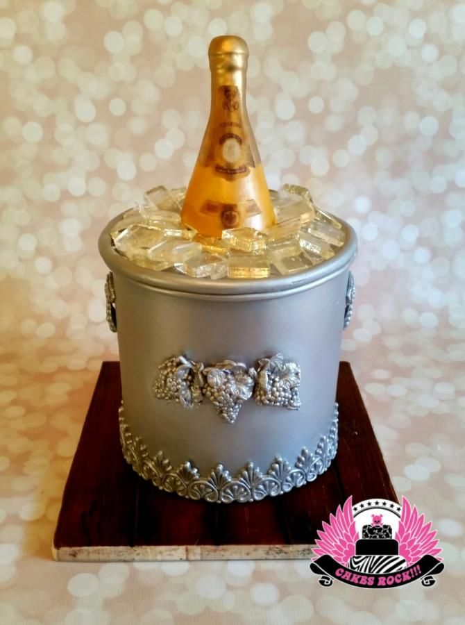 Cristal Champagne 21st Birthday by Cakes ROCK!!!