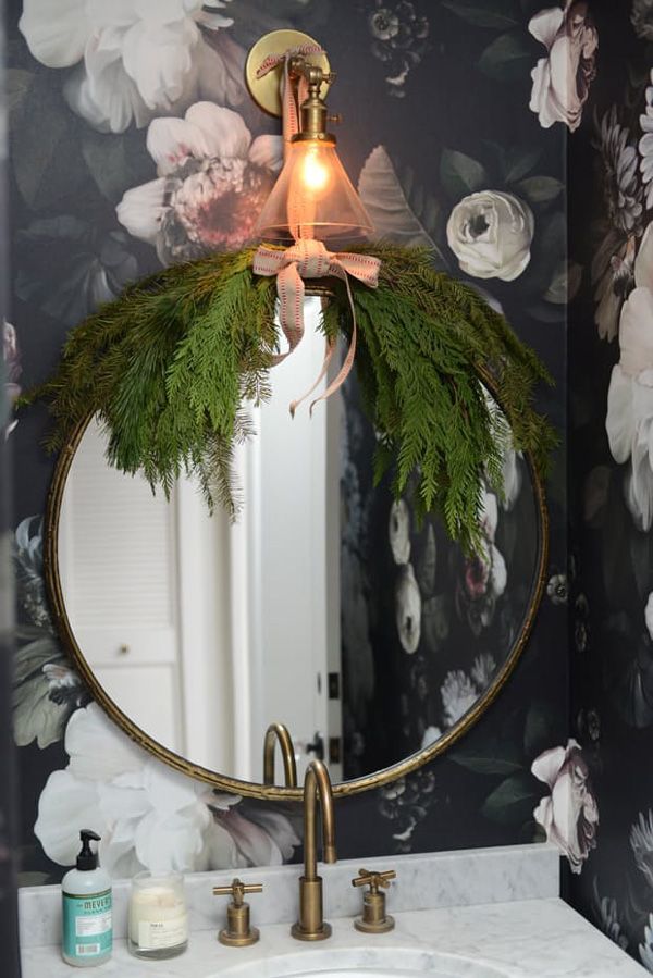 http://inredningsvis.se/8-fab-tips-christmas-decorate-pine-branches/ 8 green ways how to Christmas decorate all rooms with pine branches! Sometimes the easiest decor way is just the most beautiful. CLICK LINK TO READ BLOG POST!  #interiordesign #homedecor  #interiors #home #homedeco #room #howto #inredning #beautiful #blogpost #trender #swedish #inredningstips #blogger #hytteliv #inredningstips #coozy #twigs #julgranspynt #julpynt #granris #julgran #jul #christmasdecor