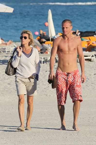 Claire Chazal and Arnaud in South Beach