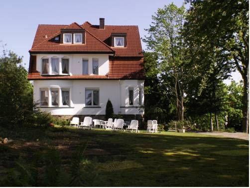 Hotel Pension Villa Holstein (***) DAVINIA PORTICO has just reviewed the hotel Hotel Pension Villa Holstein in Bad Salzuflen - Germany #Hotel #BadSalzuflen
