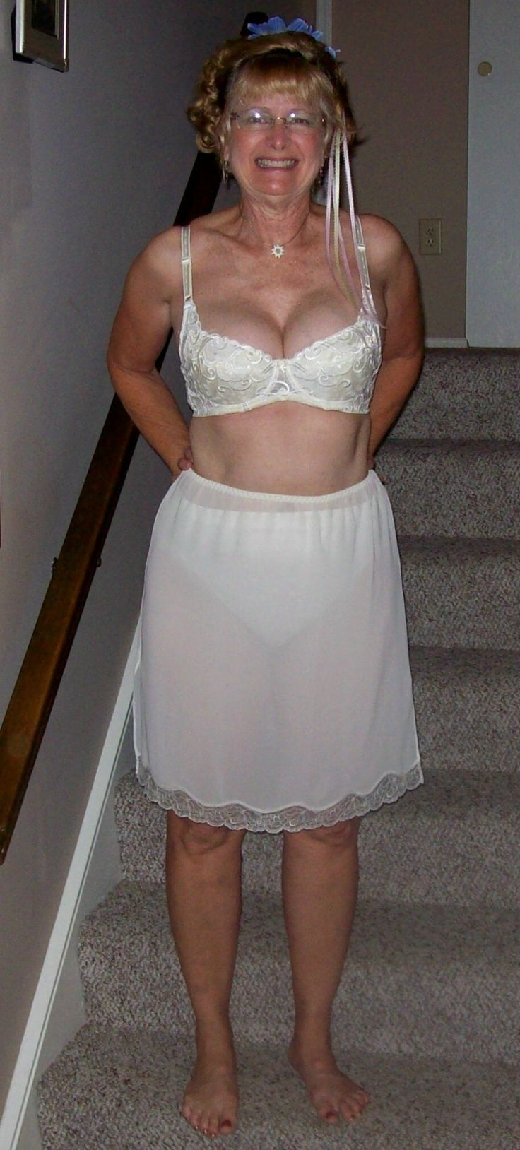 Mature Ladies Wearing Girdles And Nylon 8