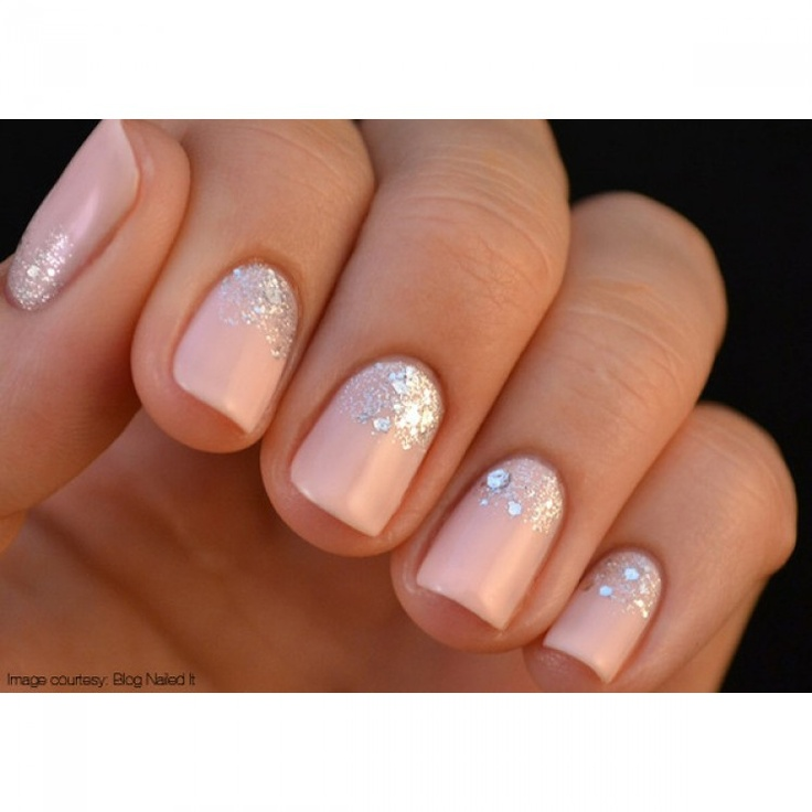 Love this sparkle nail polish look