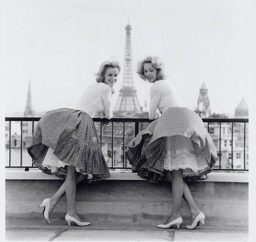 Paris Paris Paris: Paris, White Shoes, Full Skirts, Best Friends, French Fashion, Eiffel Towers, Vintage Pictures, Photo, Circles Skirts