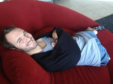 Nick Vujicic hold's his new baby... 2/2013 - Dream come true. Holding my Baby Boy Kiyoshi. Amazing grace and gift from God. Love you all so much. Thank you for your showers of prayer.