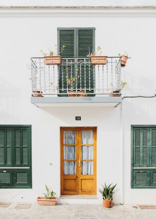 PLACES TO GO | SANTA CATALINA BY SALVA LOPEZ