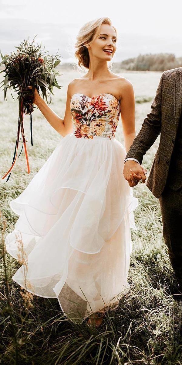 36 Pretty Floral Wedding Dresses For Brides Wedding Forward Wedding Dresses Unique Floral Wedding Dress Wedding Dresses Simple