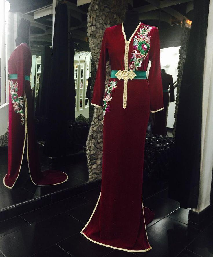 """@romeo_haute_couture @sissiavecromeo تصميم جديد على نفس ستايل قفطان ٢٠١٦ ....? كيف جاكم ...؟"""