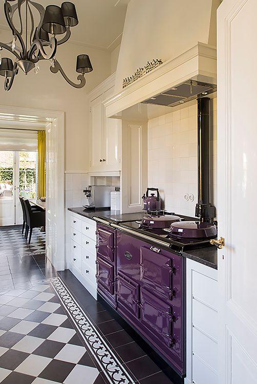 Keukenvloer Castello, gordijnen Nobilis, passement Designers Guild, eetkamerstoelen Diez - Doornebal Interiors
