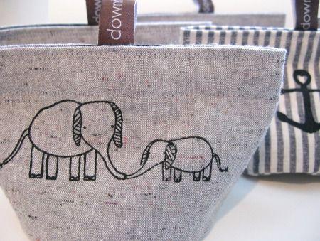 elephant pair soft cloth bin