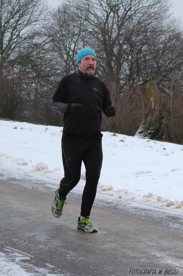 Kiedy lepiej biegać: w deszczu czy mrozie? http://biegaczamator.com.pl/?p=16127