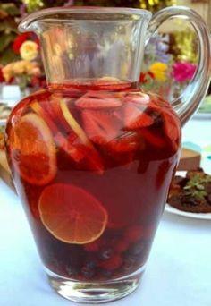 Sangria casera ,receta,  la fruta que yo utilizo es melcotón natural y soda o limonada con gas.