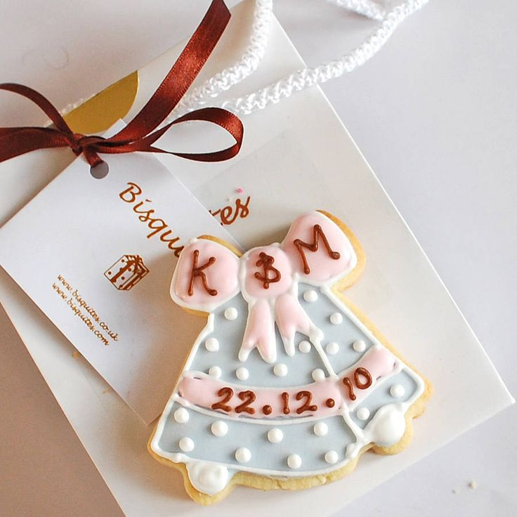 Personalised Favour Biscuits
