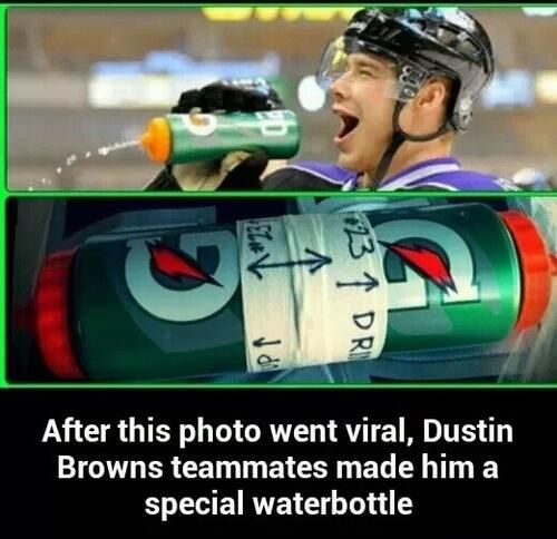 Awesome! Gotta love a hockey sense of humor... (Posted on Twitter by FiveForBoarding and confirmed by BaileyLAKings)
