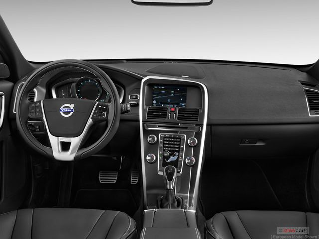 2015 Volvo XC60: Dashboard