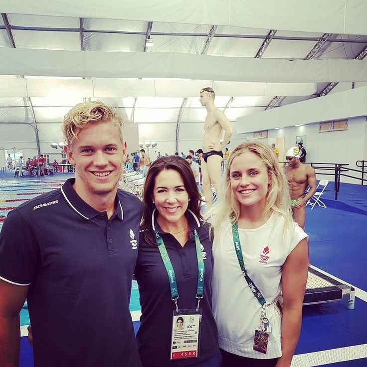 "Scandinavian Royals. on Twitter: ""Crown Princess Mary with some of the Danish Olympic Swimming team members during their training. #Olympics"