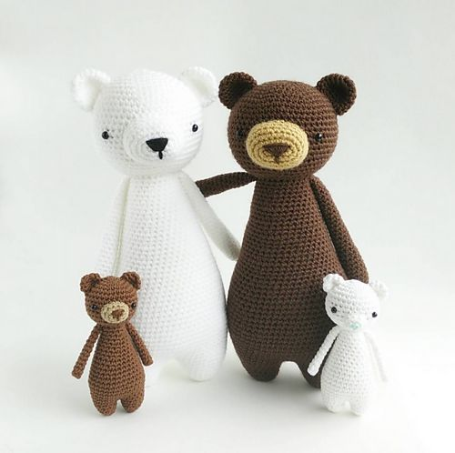 This is a pattern to make this lovely mini bear!