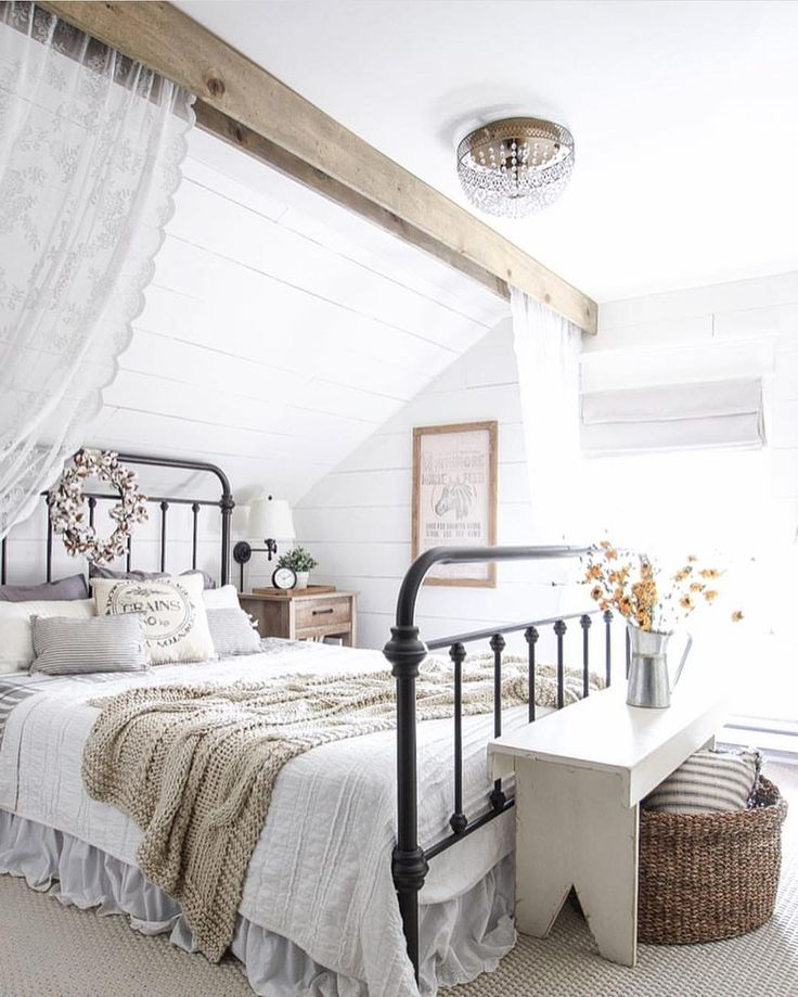1000 ideas about farmhouse style bedrooms on pinterest for Farmhouse style bed