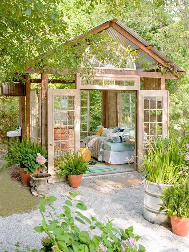 Les 25 Meilleures Idées De La Catégorie Chalet De Jardin Habitable
