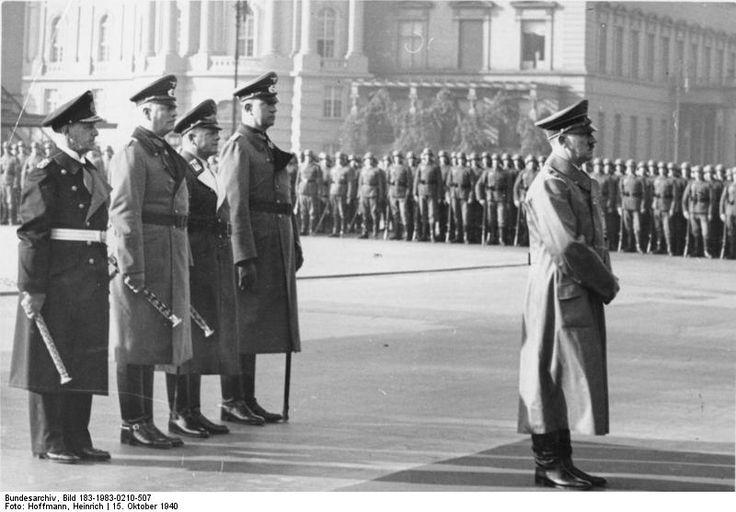 Bundesarchiv Bild 183-1983-0210-507, Berlin, Staatsakt für Admiral von Trotha.jpg