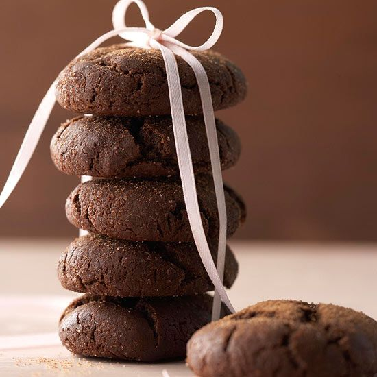 Cocoa-Coffee Crinkles are flavored with coffee, cinnamon, and brown sugar. More cookie recipes: http://www.bhg.com/christmas/cookies/favorite-christmas-cookies-and-bars/