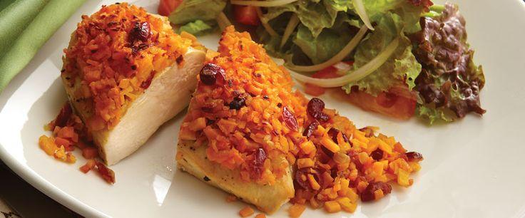 Essa receita deliciosa lembra uma especialidade da culinária chinesa: frango com laranja. Só que muito melhor porque você faz em casa