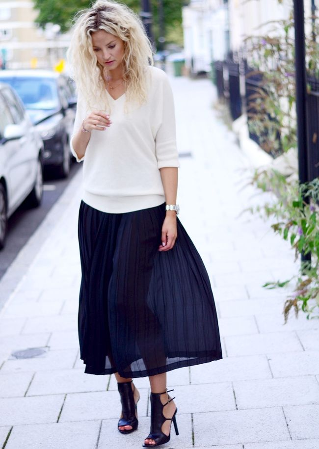 Le parfait look noir et blanc #21 (escarpins Tamara Mellon - blog Anouk Yve)