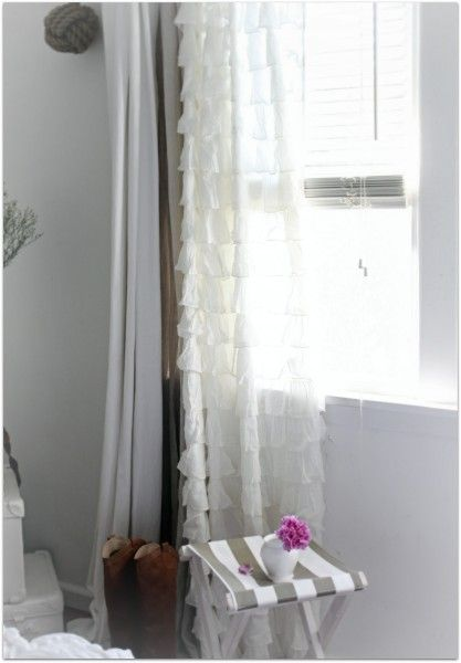 Lovely curtains: Window Draping, Beach Cottages, Cottages Bedrooms, Cottages Chic, Burlap Curtains, Beaches Cottages Decor, Layered Curtains, Ruffles Curtains, Bedrooms Curtains