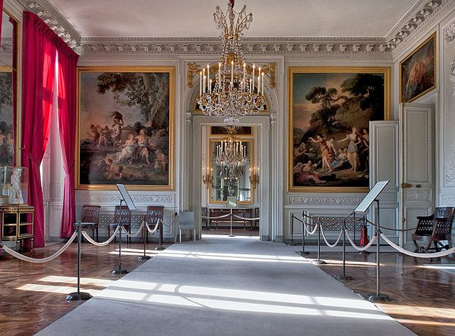 1000 Ideas About Petit Trianon Versailles On Pinterest