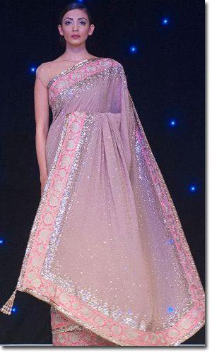 Beautiful shimmer peach saree!!!