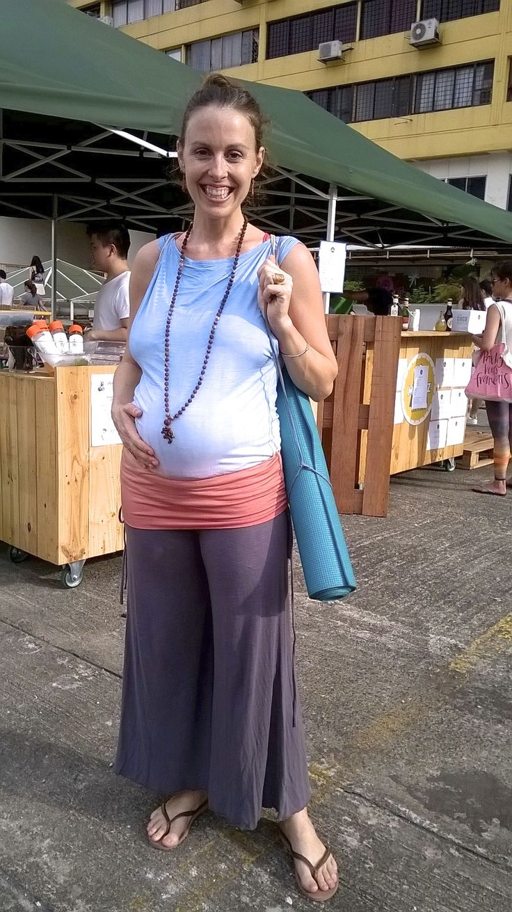 Amber who's founder of Satsanga yoga sanctuary in Singapore looking absolutely gorgeous with Drape Tank Tunic! Even this fits amazingly to 6 months pregnancy lady! xx