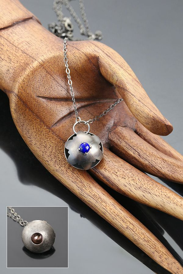 Water Lilies - silver ring and pendant with lapis lazuli | Nenufary - srebrny piescionek i wisiorek z lapis lazuli | Sztuk Kilka