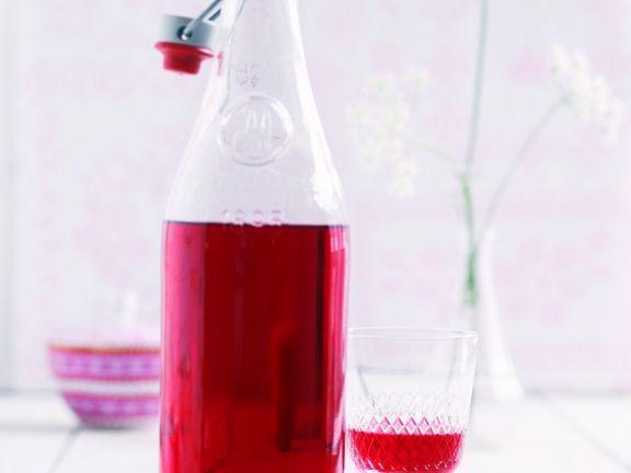 Himbeerlikör ist ein Rezept mit frischen Zutaten aus der Kategorie None. Probieren Sie dieses und weitere Rezepte von EAT SMARTER!