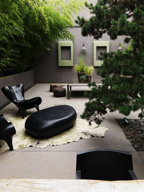 outdoor room | home of Laurence Simoncini founder of Serendipity