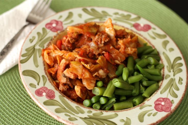 Stuffed Cabbage Casserole @Aggie's KitchenTomatoes Sauces, Unstuffed Cabbages, Stuffed Cabbages Casseroles, Ground Beef, Casseroles Recipe, Aggie Kitchens, Cabbages Rolls, Weeknight Meals, Dinner Recipe