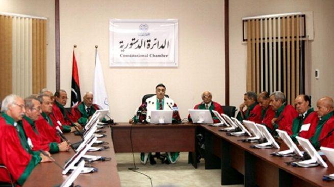 """Libia, Corte Suprema scioglie Parlamento. Gentiloni: """"rischio guerra civile, ricomporre le parti"""". Come? Non si sa..."""