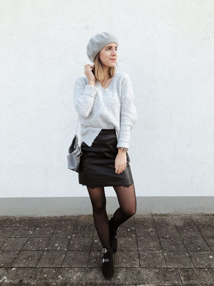 Kuschelig unterwegs! Outfit Tipps  Strickpullover, Lederrock, Lace, Spitze, Leather skirt, Ray Ban, Gucci, Adidas, Baskenmütze, Nietenboots, Boots, French Look, Streetstyle, Streetstyle Paris, Outfit, Fashion, piecesofmara, Outfit Tipps, Jedes Outfit umgestalten