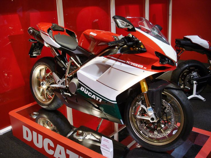 17 best ideas about ducati 1098s moto bike ducati italian color ducati tri 1098 s