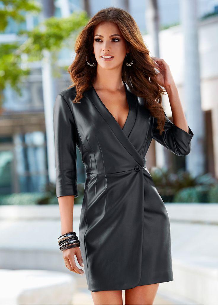 Vestido em couro sintético preto encomendar agora na loja on-line bonprix.de  R$ 219,00 a partir de Vestido-casado manga 3/4em couro sintético. Seguir as ...