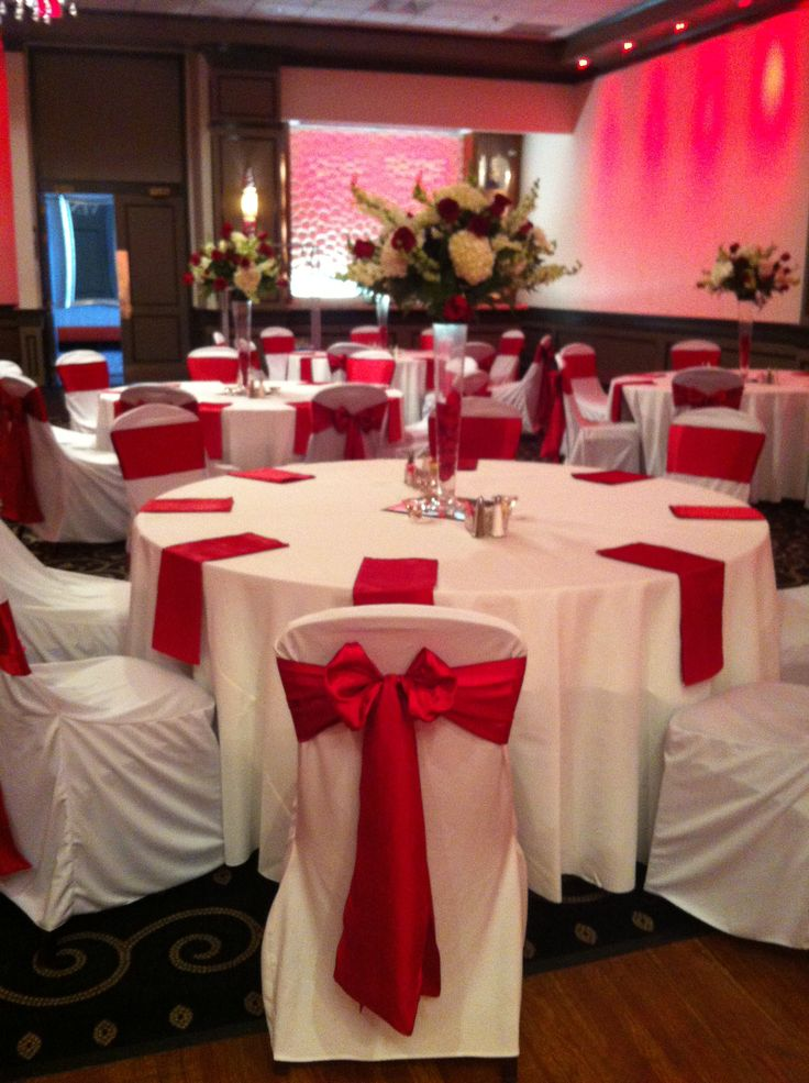 Apple Red Chair Sash With White Polyester Chair Covers