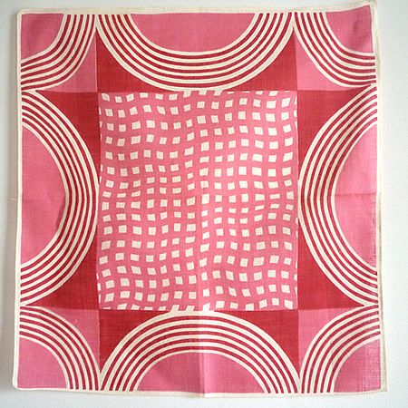 Geometric Red×Pink Vintage Hanky... I can see a pieced quilt block from graphic circles fabric
